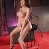 Seductive domme Mia Isabella posing her flawless body